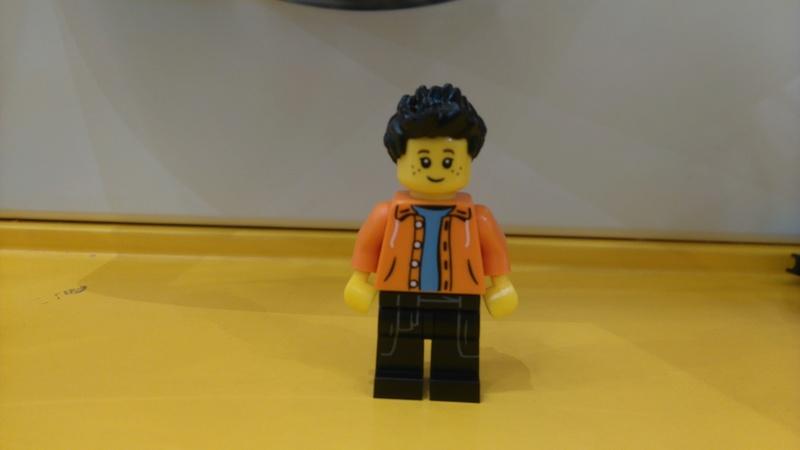 Les personnages du VDF en Lego Dsc_0616