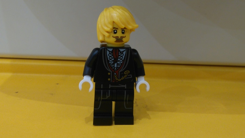 Les personnages du VDF en Lego Dsc_0621