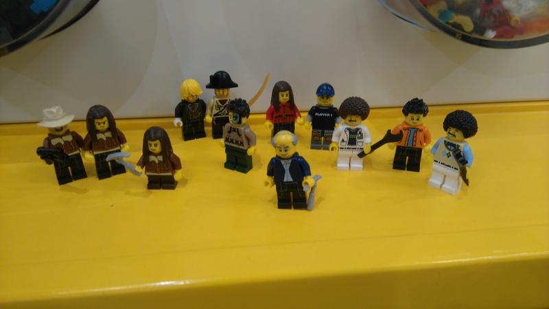 Les personnages du VDF en Lego Dsc_0626
