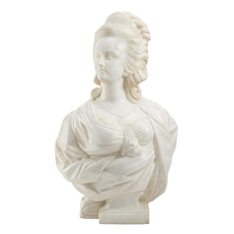 A vendre: bustes Marie Antoinette - Page 6 8876_110