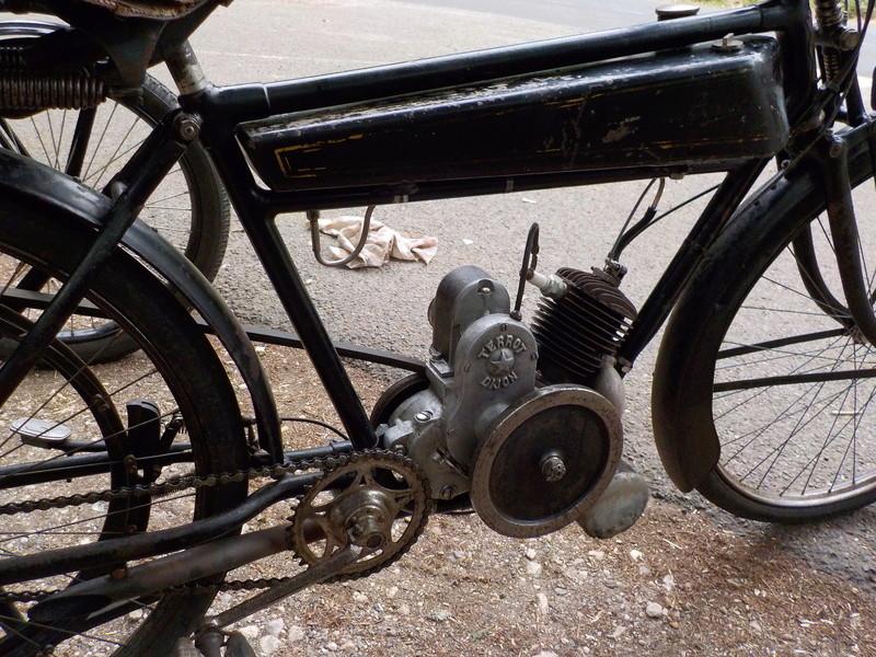 Balade motos à courroies 24 juin Dscn1243