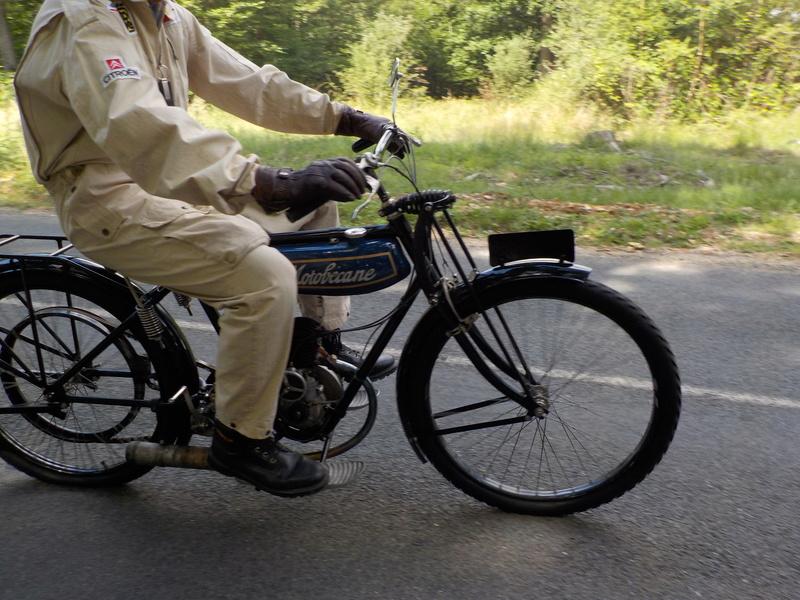 Balade motos à courroies 24 juin Dscn1258