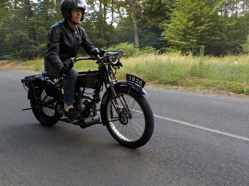 Balade motos à courroies 24 juin Dscn1260