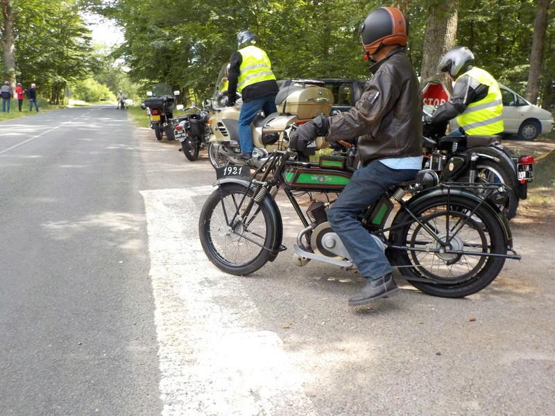 Balade motos à courroies 24 juin Dscn1267
