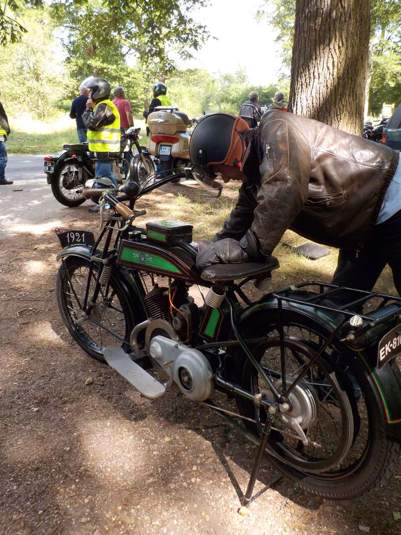 Balade motos à courroies 24 juin Dscn1269