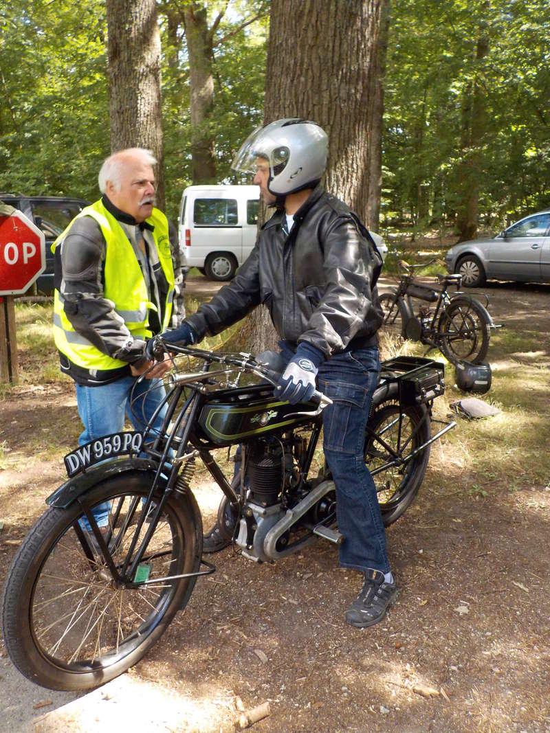 Balade motos à courroies 24 juin Dscn1270