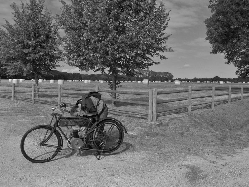 Balade motos à courroies 24 juin Dscn1271