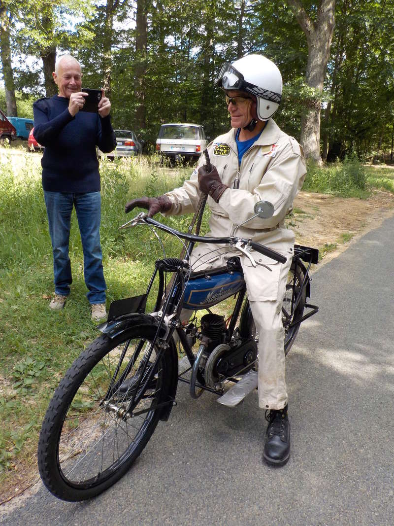 Balade motos à courroies 24 juin Dscn1340