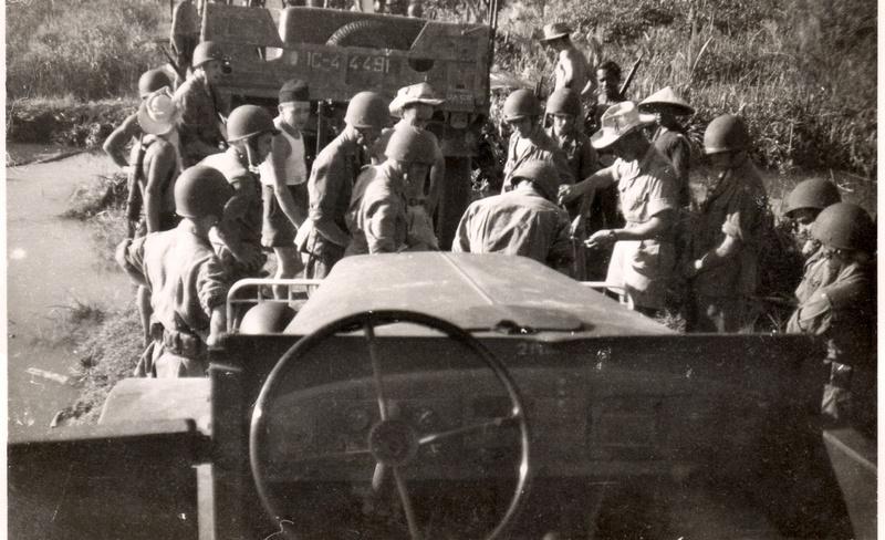[Opérations de guerre] INDOCHINE - TOME 8 - Page 7 19490010