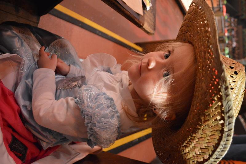 Disney en mode petites princesses ^^ - Page 3 Dsc_0133