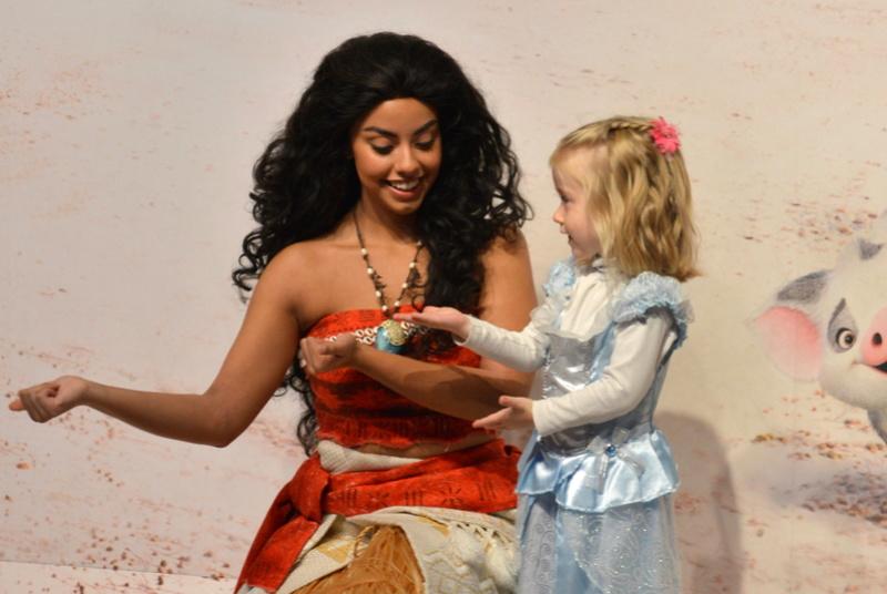 Disney en mode petites princesses ^^ - Page 3 Dsc_0138