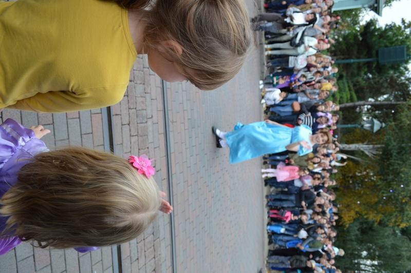 Disney en mode petites princesses ^^ - Page 3 Dsc_0230