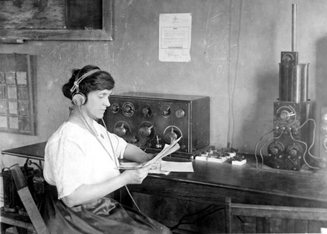 Radio... (non identifié) & TSF Dld4h110