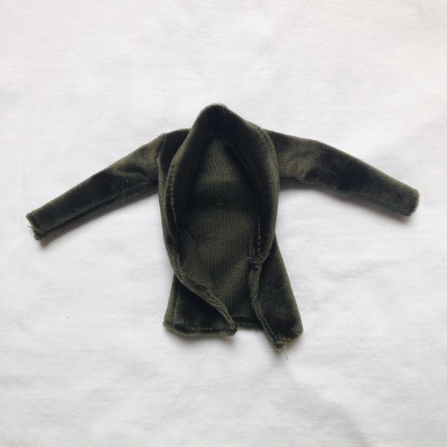 [VENTE] Vêtements pour Pullip et Taeyang ! Img_5810
