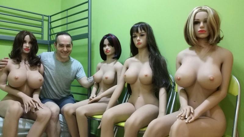 En España solo hay distribuidores de muñecas de silicona y todos con las mismas fotos de Alibaba 1110