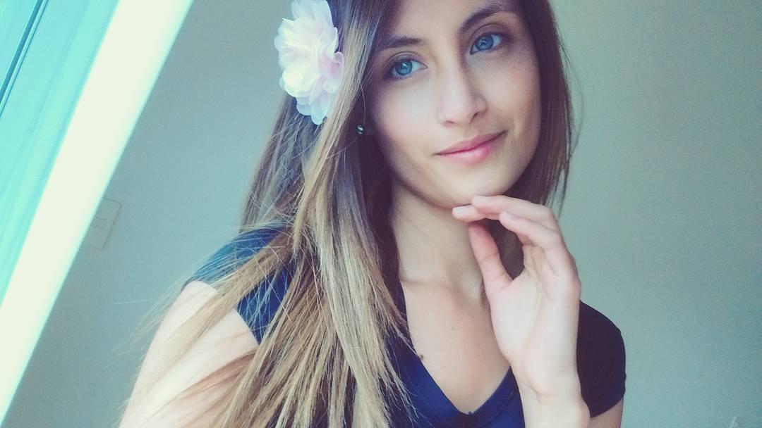juliana franco, top 16 de miss colombia universo 2020/miss earth water 2017. - Página 3 15043410
