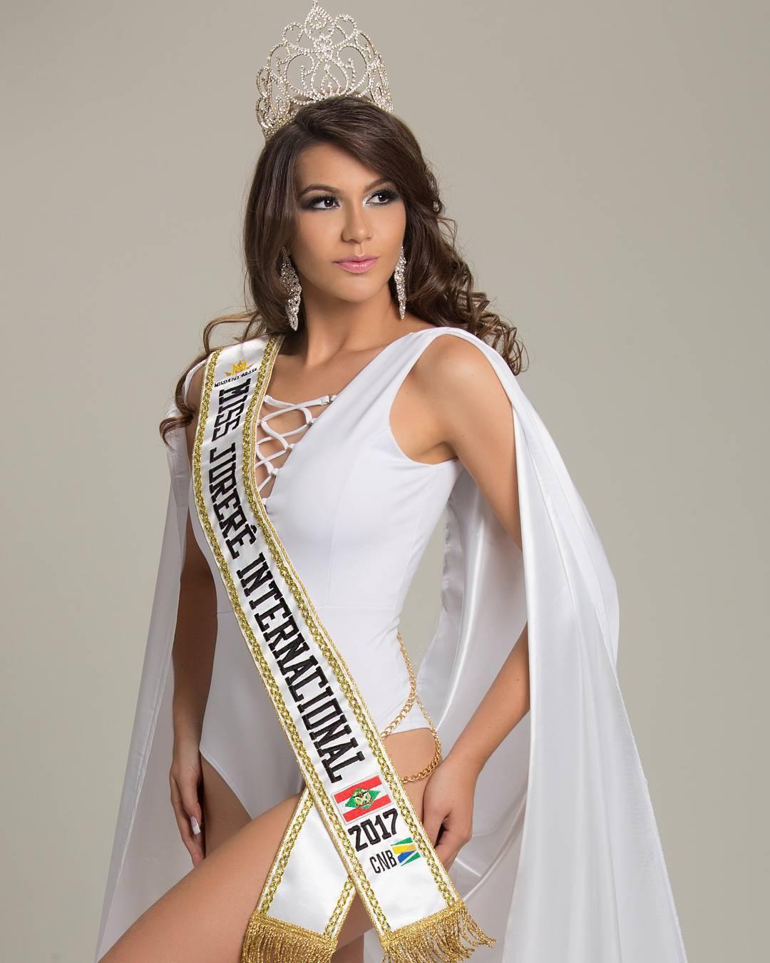 carolina schuler, 3rd runner-up de miss asia pacific international 2019/miss brasil universitaria 2017. 19623211