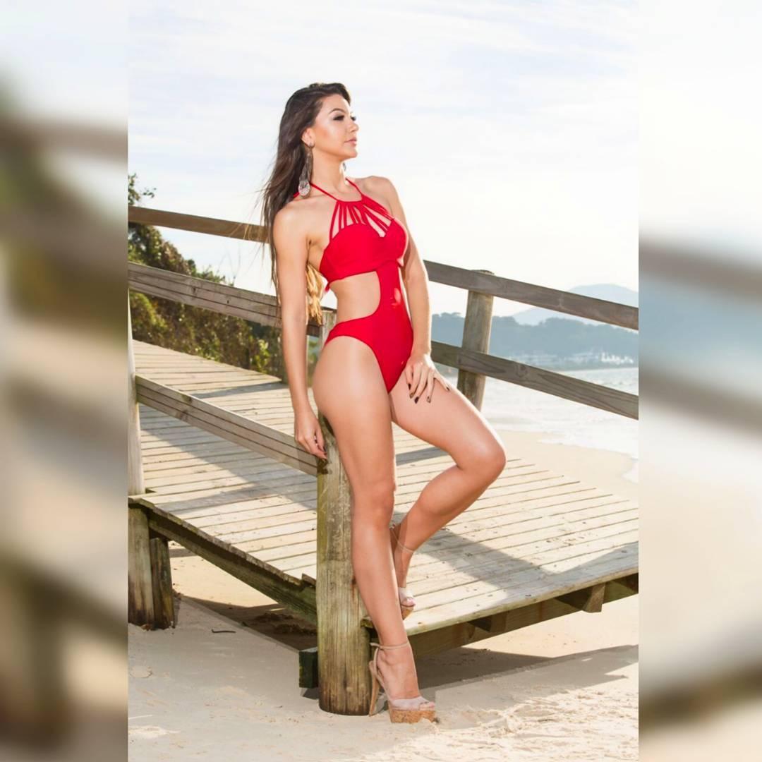 carolina schuler, 3rd runner-up de miss asia pacific international 2019/miss brasil universitaria 2017. 19955110