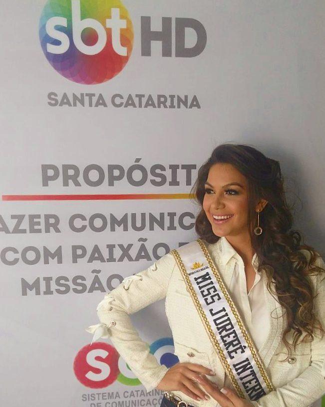 carolina schuler, 3rd runner-up de miss asia pacific international 2019/miss brasil universitaria 2017. 20184010