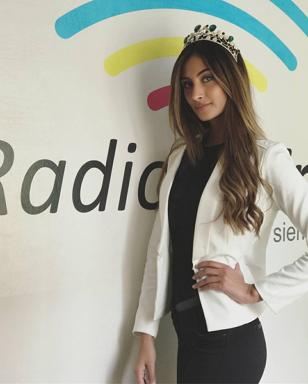 juliana franco, top 16 de miss colombia universo 2020/miss earth water 2017. - Página 3 21690410