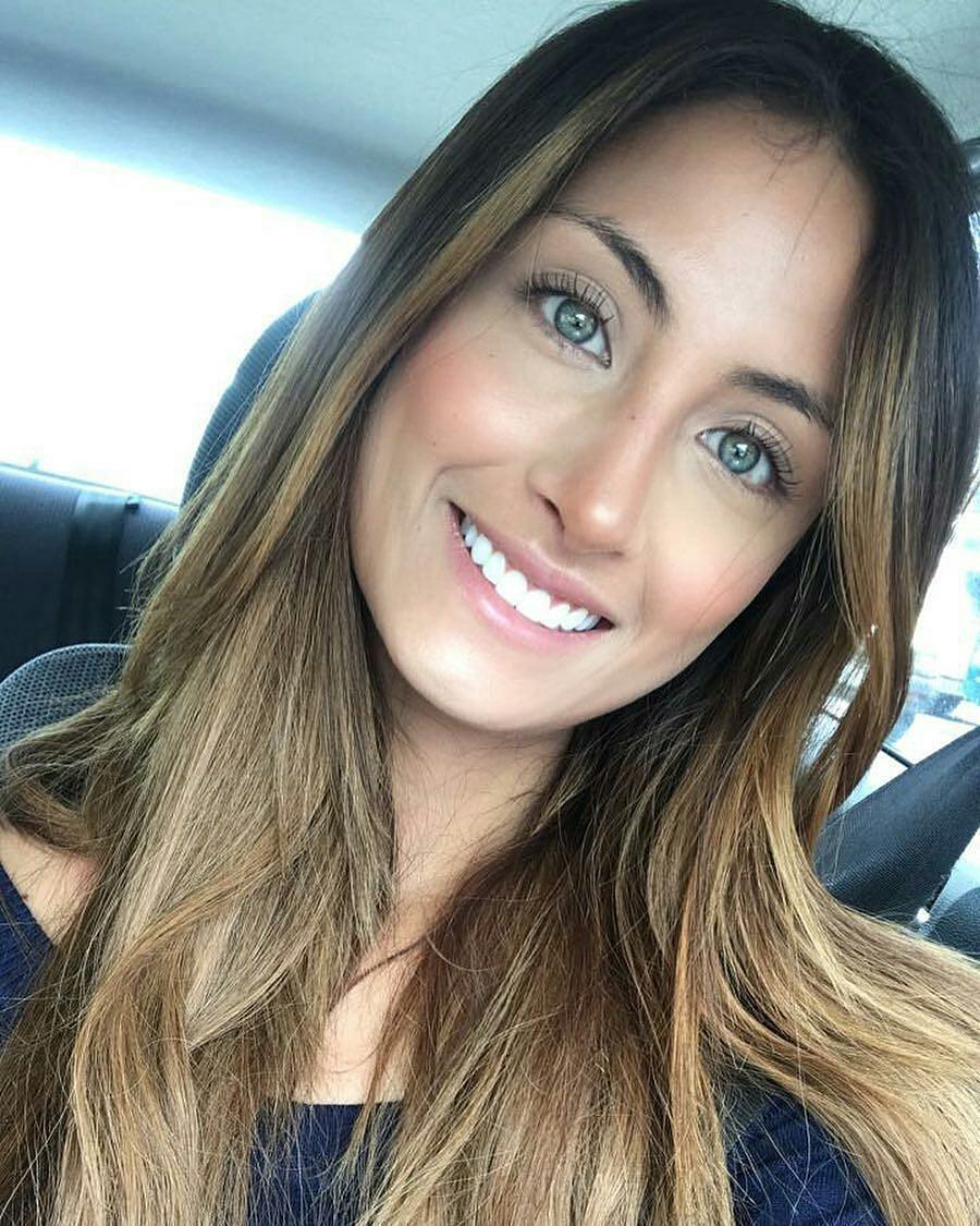 juliana franco, top 16 de miss colombia universo 2020/miss earth water 2017. - Página 3 22221110