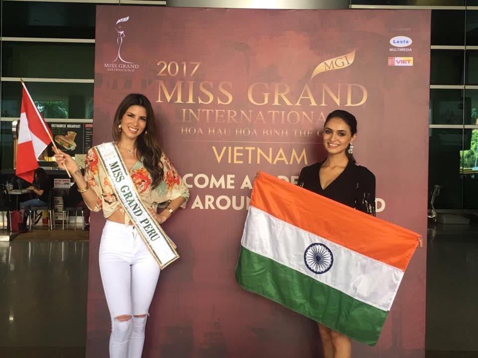 maria jose lora, miss grand international 2017. - Página 2 22309010