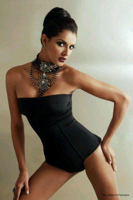 ivian sarcos, miss world 2011. - Página 6 426ful10