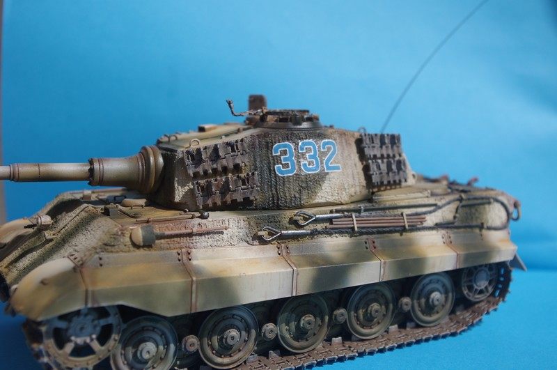 tiger - king tiger Ausf b de chez ZVEZDA  - Page 2 Imgp4310
