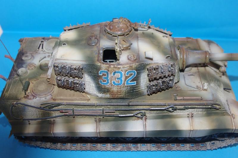 tiger - king tiger Ausf b de chez ZVEZDA  - Page 2 Imgp4311