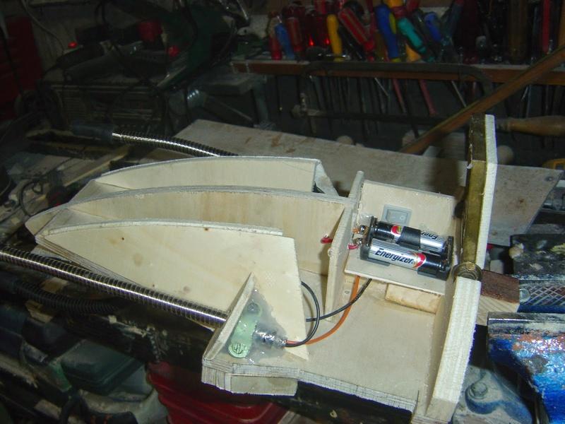 fabrication etape par étape de mon droideka Droid107