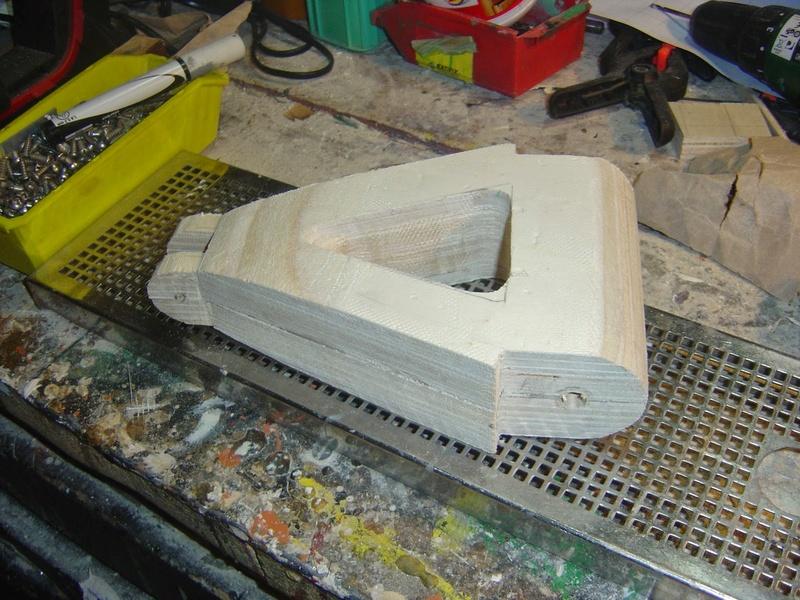 fabrication etape par étape de mon droideka Droide48