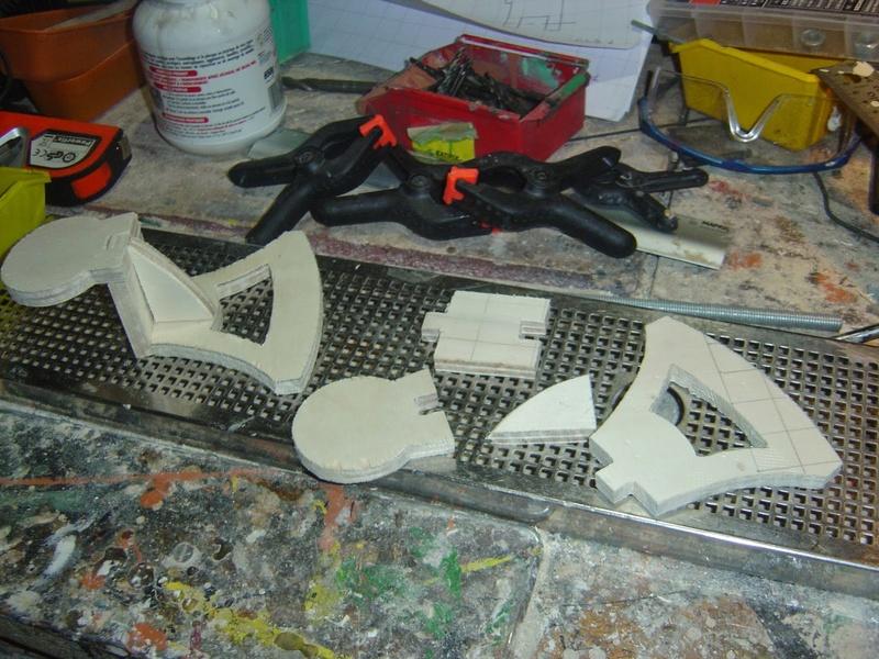 fabrication etape par étape de mon droideka Droide54