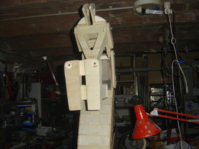 fabrication etape par étape de mon droideka Droide57