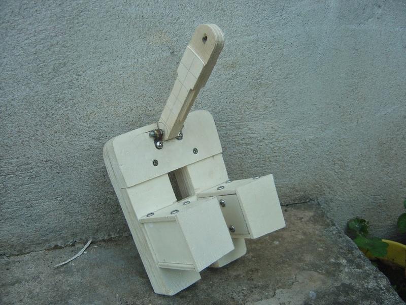 fabrication etape par étape de mon droideka Droide58