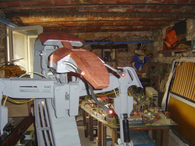 fabrication etape par étape de mon droideka Dsc09417