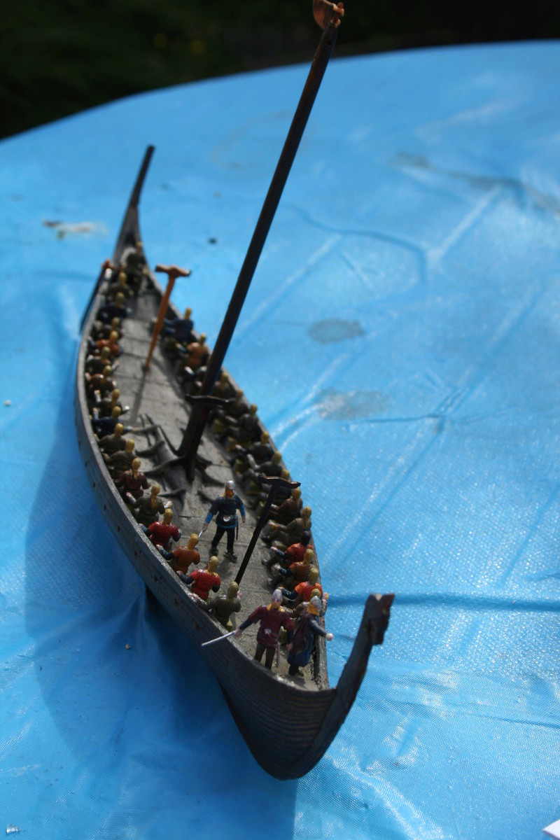 Un longship des hommes du nord au 1/72 e par JJ Img_0927