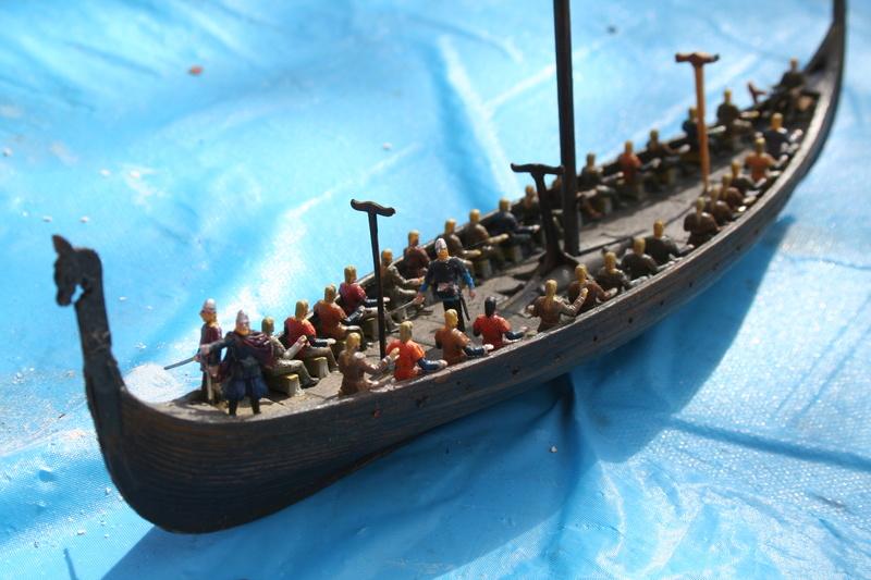 Un longship des hommes du nord au 1/72 e par JJ Img_0928