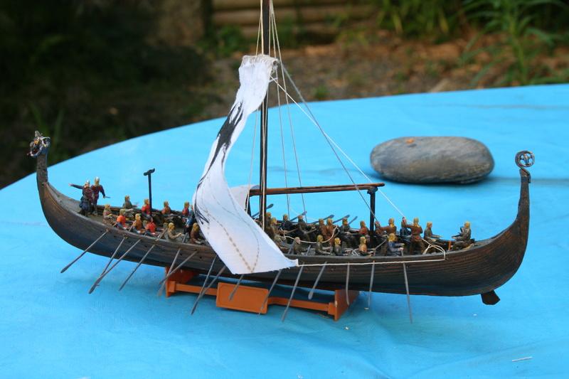 Un longship des hommes du nord au 1/72 e par JJ - Page 2 Img_0965