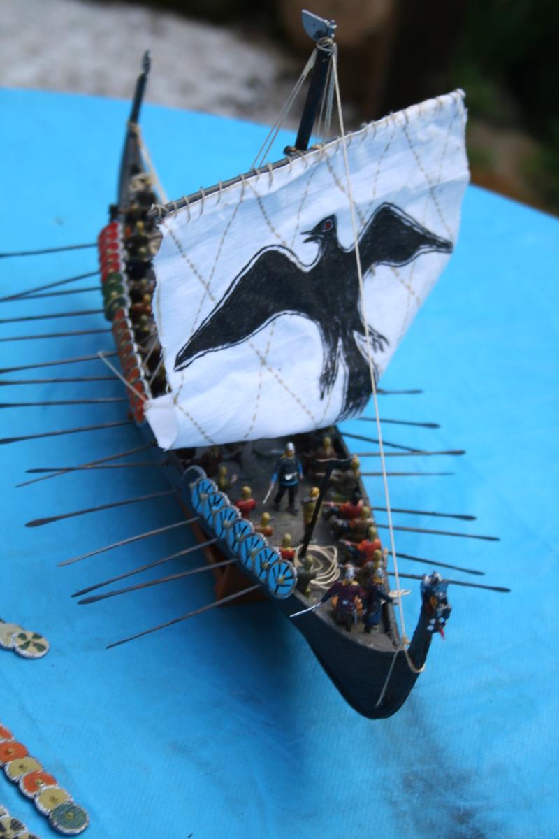 Un longship des hommes du nord au 1/72 e par JJ - Page 2 Img_1027