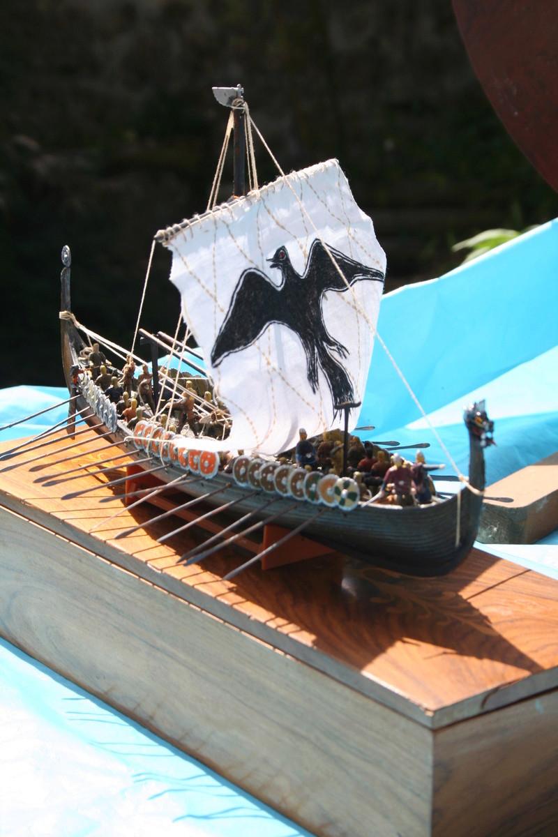 Un longship des hommes du nord au 1/72 e par JJ - Page 2 Img_1051