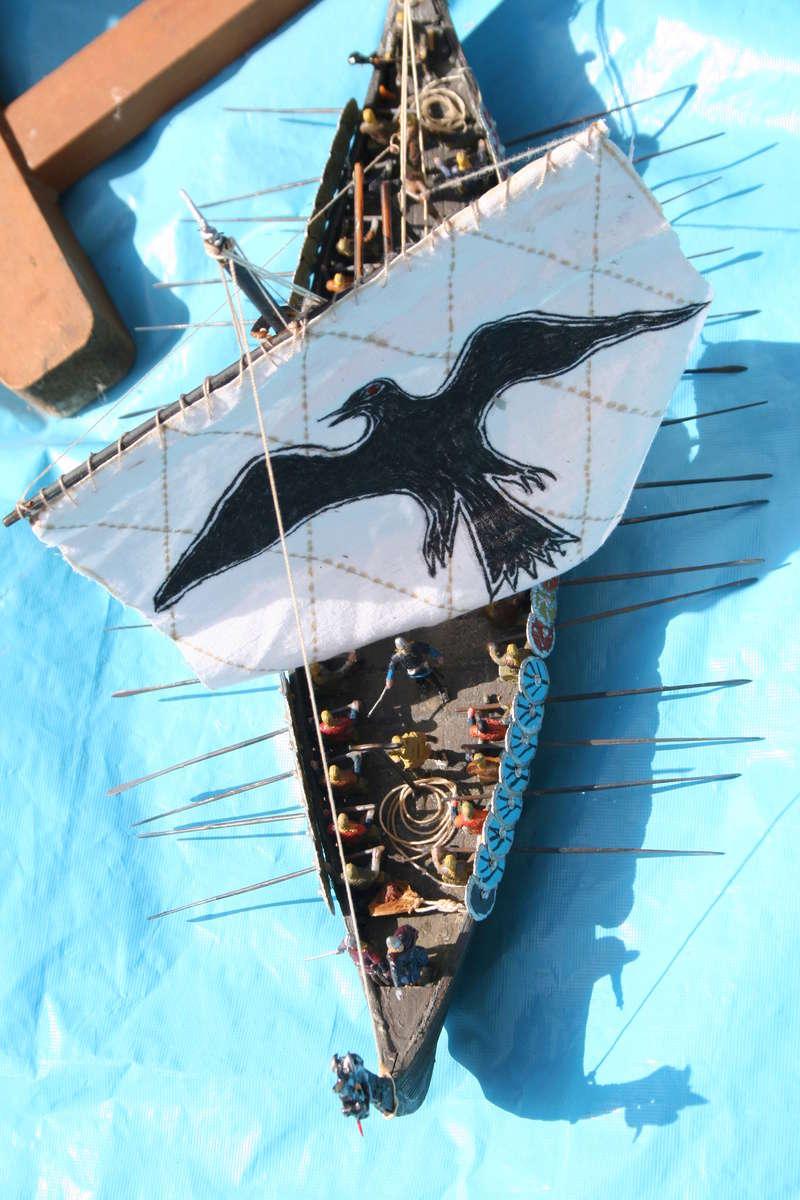 Un longship des hommes du nord au 1/72 e par JJ - Page 2 Img_1054