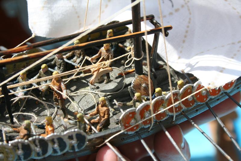 Un longship des hommes du nord au 1/72 e par JJ - Page 2 Img_1056