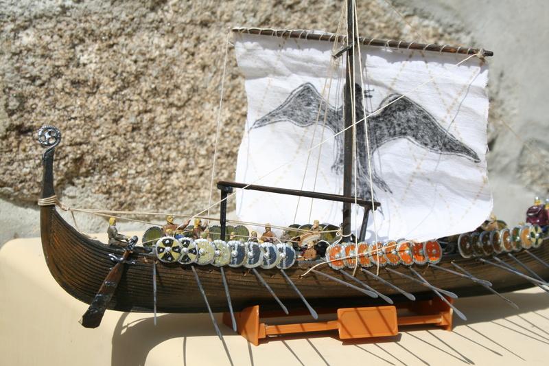 Un longship des hommes du nord au 1/72 e par JJ - Page 2 Img_1060