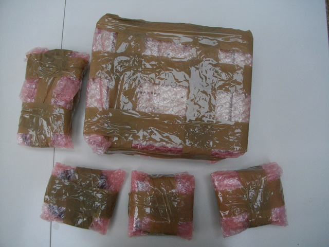 """[WIP] Hokuto à pain et bricolage de sticks (was: mon projet """"Etrange"""") Imgp1016"""