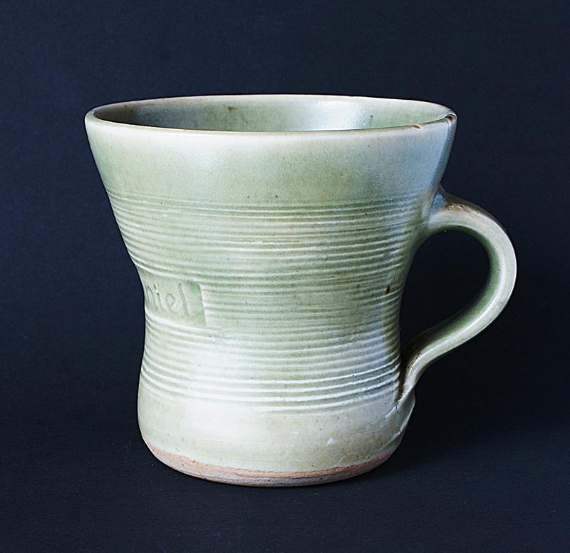 Leach Pottery - St. Ives  - Page 10 Dsc03312