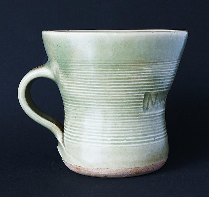 Leach Pottery - St. Ives  - Page 10 Dsc03314
