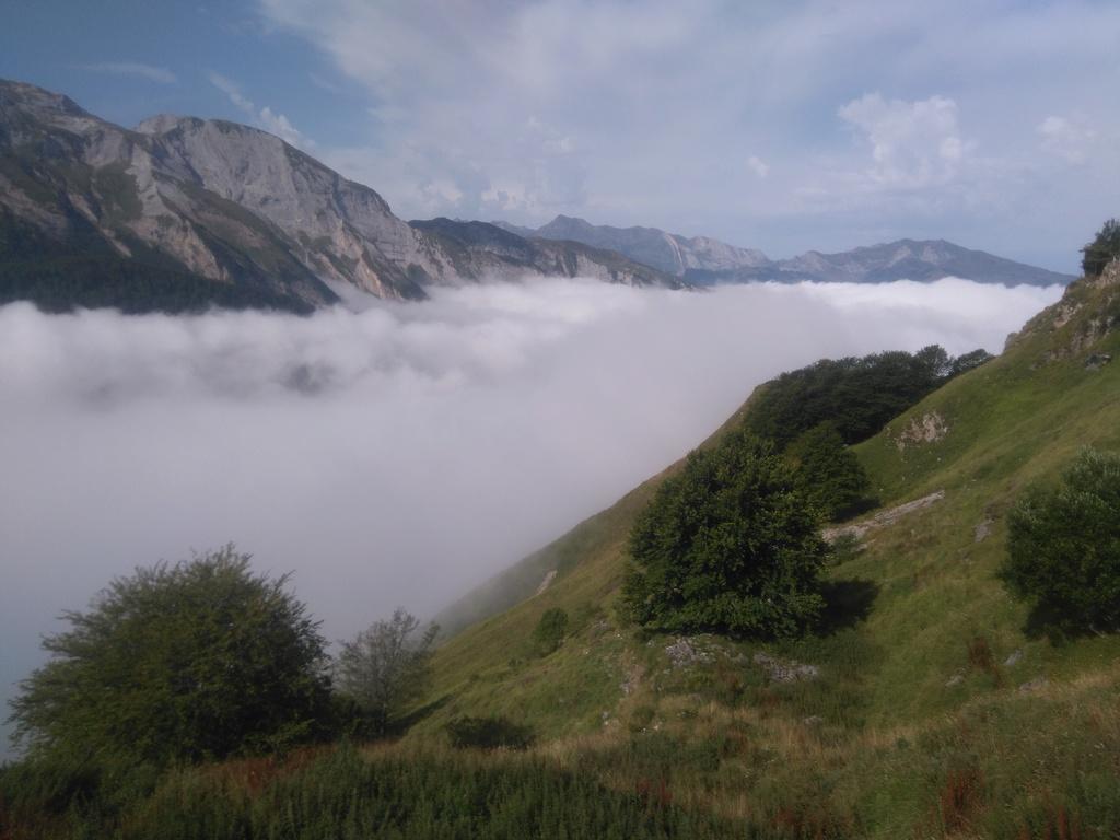 La route des cols: les Pyrénées d'Ouest en Est  - Page 2 Dsc_0045