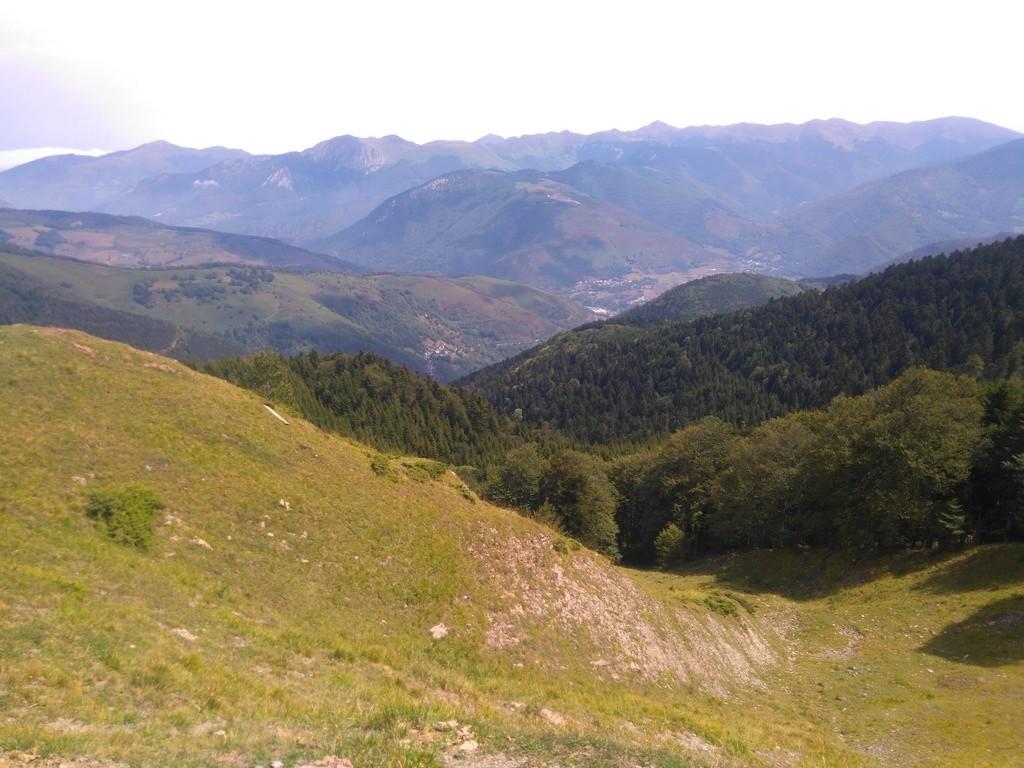 La route des cols: les Pyrénées d'Ouest en Est  - Page 2 Dsc_0059