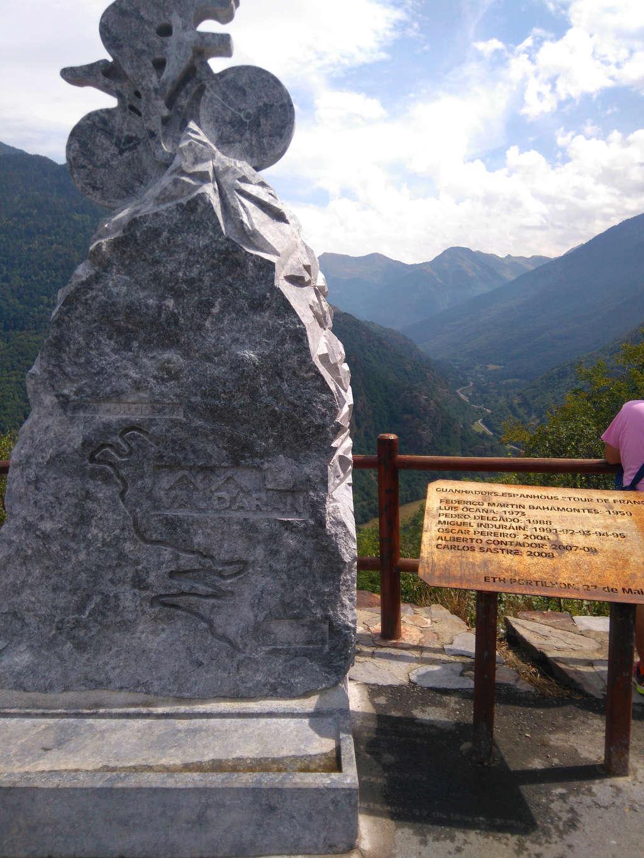 La route des cols: les Pyrénées d'Ouest en Est  - Page 2 Dsc_0074