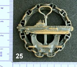 """Insignes et médailles des sous-marins """"Projet 941 Akula""""  - Page 2 Collec40"""